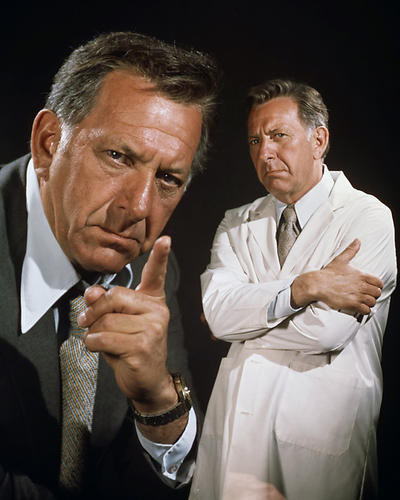 This is an image of Photograph & Poster of Jack Klugman 289165