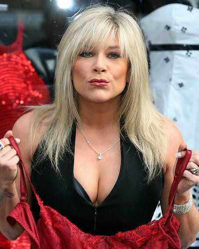 This is an image of Photograph & Poster of Samantha Fox 289317
