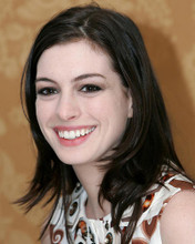This is an image of Photograph & Poster of Anne Hathaway 289331