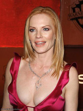 This is an image of Photograph & Poster of Marg Helgenberger 289347