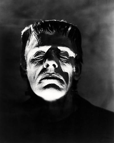 This is an image of Photograph & Poster of Boris Karloff 197713