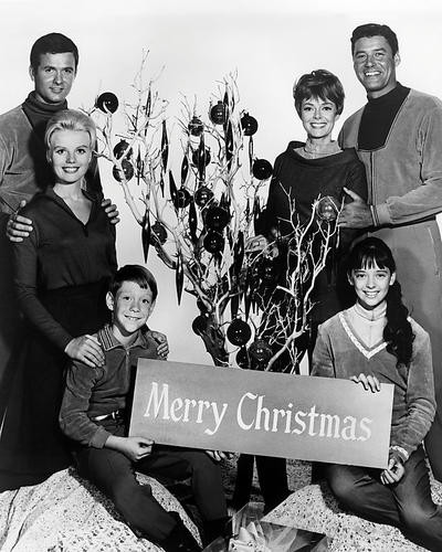This is an image of Photograph & Poster of Lost in Space 197503