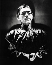 This is an image of Photograph & Poster of Boris Karloff 197791