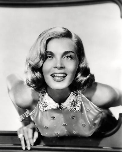 This is an image of Photograph & Poster of Lizabeth Scott 198131