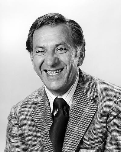 This is an image of Photograph & Poster of Jack Klugman 198049