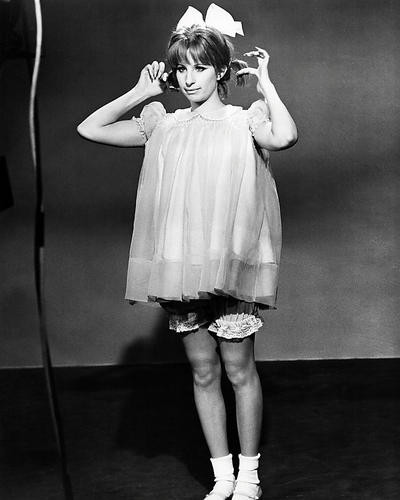 This is an image of Photograph & Poster of Barbra Streisand 198417