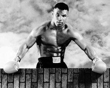 This is an image of Photograph & Poster of Mike Tyson 198319