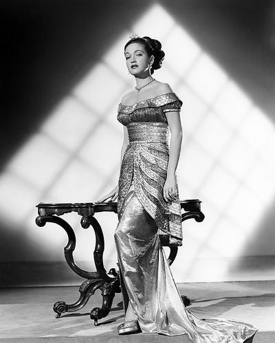 This is an image of Photograph & Poster of Dorothy Lamour 198564
