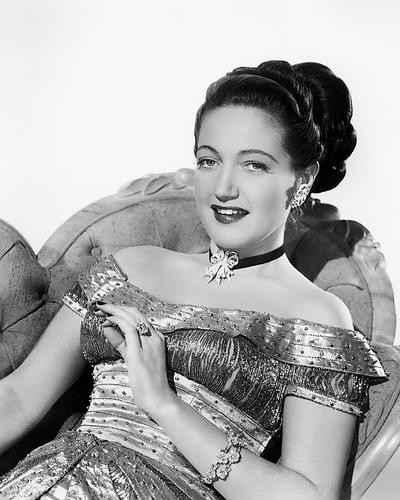 This is an image of Photograph & Poster of Dorothy Lamour 198581