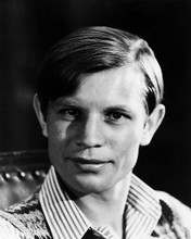 This is an image of Photograph & Poster of Michael York 198583