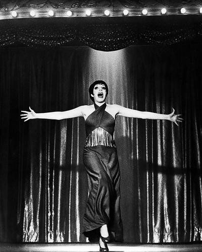This is an image of Photograph & Poster of Cabaret 198587