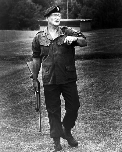 This is an image of Photograph & Poster of John Wayne 198719