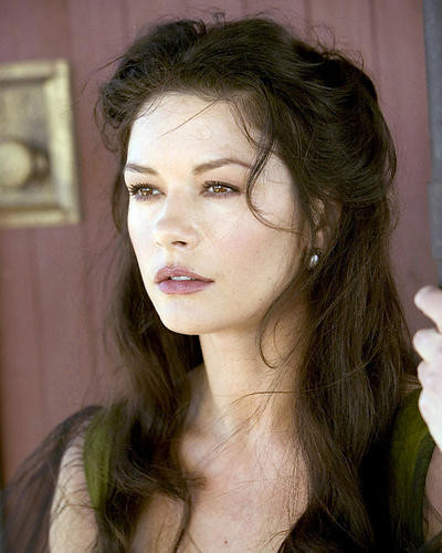 This is an image of Photograph & Poster of Catherine Zeta-Jones 290025