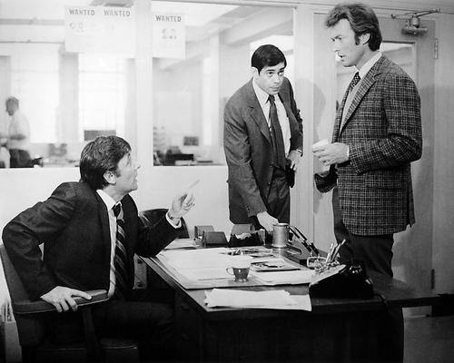 This is an image of Photograph & Poster of Dirty Harry 198824