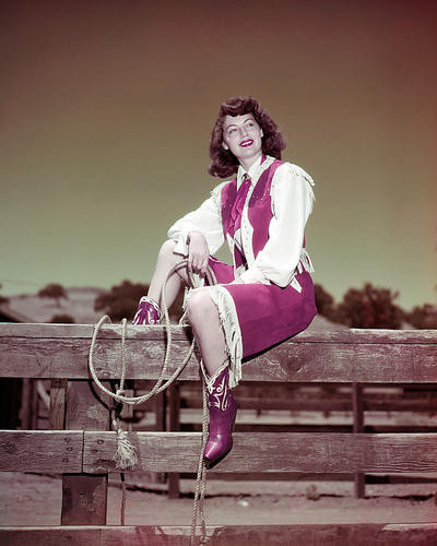 This is an image of Photograph & Poster of Ava Gardner 290057