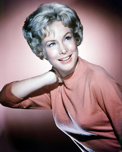This is an image of Photograph & Poster of Barbara Eden 290088