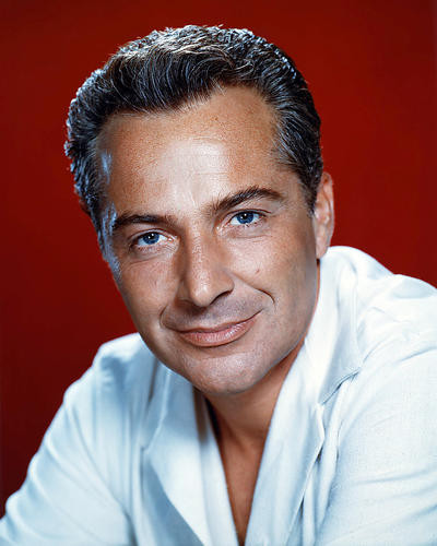 This is an image of Photograph & Poster of Rossano Brazzi 290482