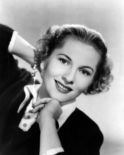 This is an image of Photograph & Poster of Joan Fontaine 199114
