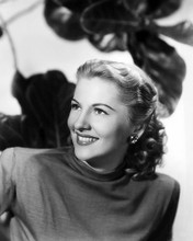 This is an image of Photograph & Poster of Joan Fontaine 199133