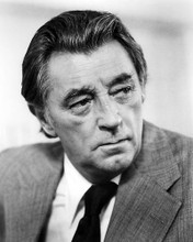 This is an image of Photograph & Poster of Robert Mitchum 199153