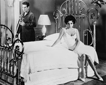 This is an image of 170455 Elizabeth Taylor & Paul Newman Photograph & Poster