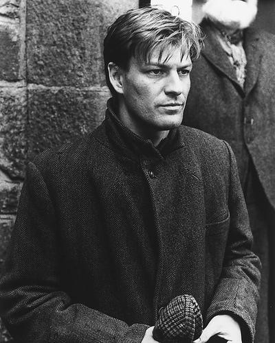This is an image of 173393 Sean Bean Photograph & Poster