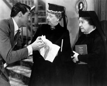 This is an image of 179228 Arsenic and Old Lace Photograph & Poster