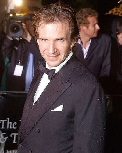 This is an image of 257186 Ralph Fiennes Photograph & Poster