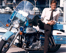 This is an image of 281274 Roger Moore Photograph & Poster