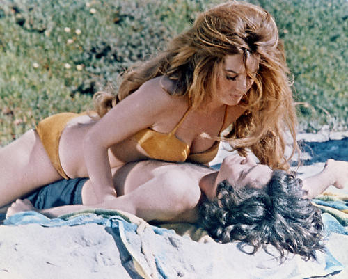 This is an image of 282285 Beyond the Valley of the Dolls Photograph & Poster
