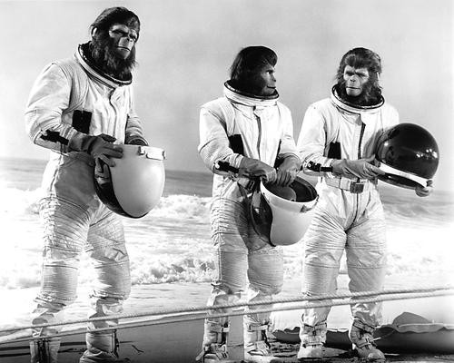 This is an image of 191599 Escape From the Planet of the Apes Photograph & Poster