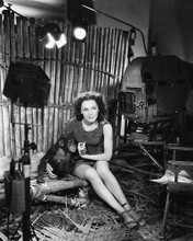 This is an image of 170564 Maureen O'sullivan Photograph & Poster