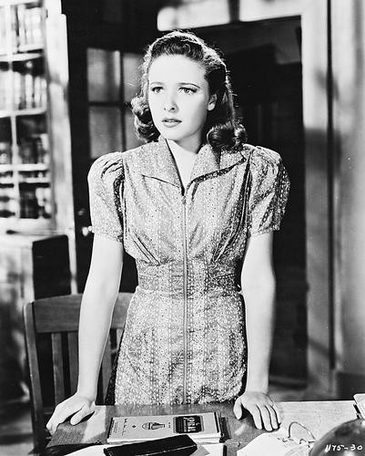 This is an image of 168816 Laraine Day Photograph & Poster