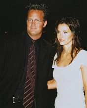 This is an image of 253347 Matthew Perry & Courtney Cox Photograph & Poster