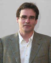 This is an image of 270670 Robert Sean Leonard Photograph & Poster