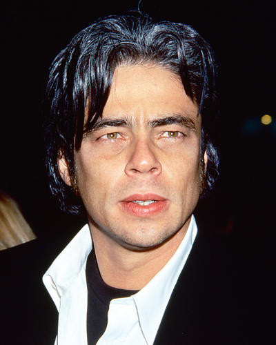 This is an image of 270916 Benicio Del Toro Photograph & Poster