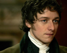 This is an image of 275829 James McAvoy Photograph & Poster