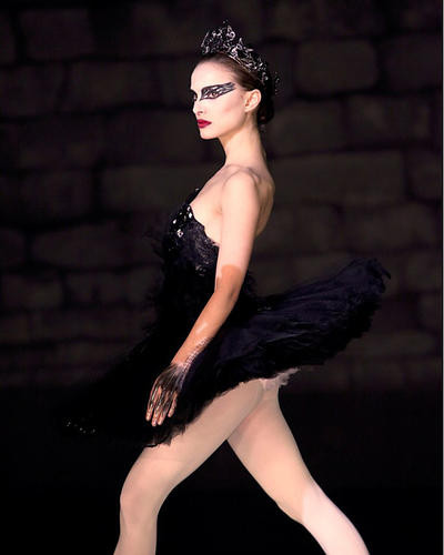 This is an image of 282146 Natalie Portman Photograph & Poster