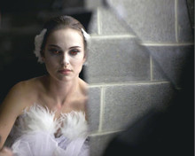 This is an image of 282147 Natalie Portman Photograph & Poster