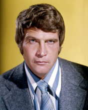This is an image of 282857 Lee Majors Photograph & Poster