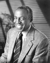 This is an image of 192776 Robert Guillaume Photograph & Poster