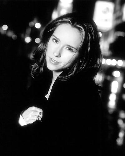 This is an image of 192954 Jennifer Love Hewitt Photograph & Poster