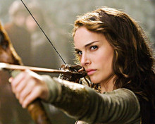 This is an image of 283918 Natalie Portman Photograph & Poster