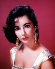 This is an image of 282812 Elizabeth Taylor Photograph & Poster