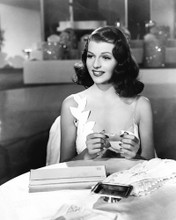 This is an image of Prints & Posters of Rita Hayworth 104658