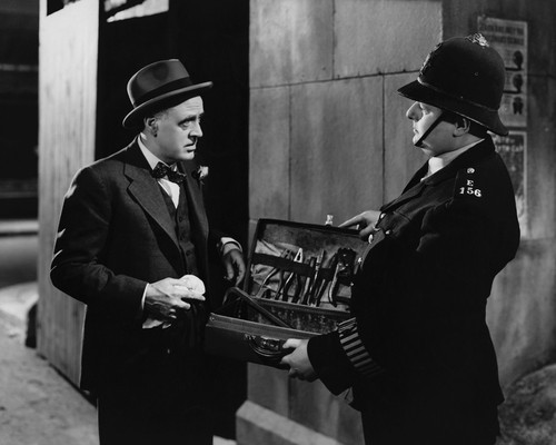 This is an image of Prints & Posters of Alastair Sim 104682