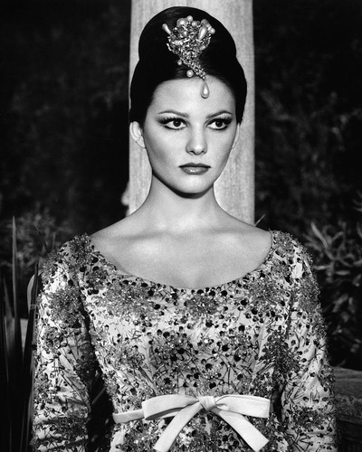 This is an image of Prints & Posters of Claudia Cardinale 104783