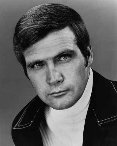 This is an image of Prints & Posters of Lee Majors 104722