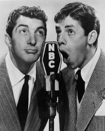 This is an image of Prints & Posters of Dean Martin and Jerry Lewis 104727
