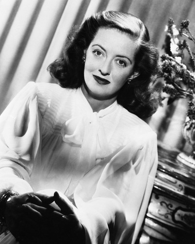 This is an image of Prints & Posters of Bette Davis 104793